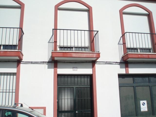 Piso en venta en San Bartolomé de la Torre, San Bartolomé de la Torre, Huelva, Calle Virgen de Fatima, 49.300 €, 90 m2