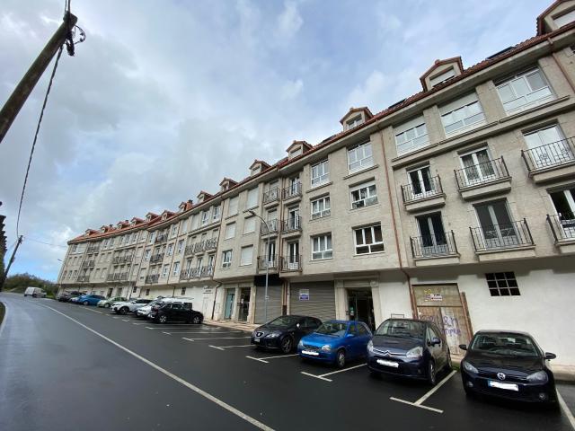 Piso en venta en Ombre, Pontedeume, A Coruña, Calle Doctor Villanueva, 95.000 €, 2 habitaciones, 2 baños, 99 m2