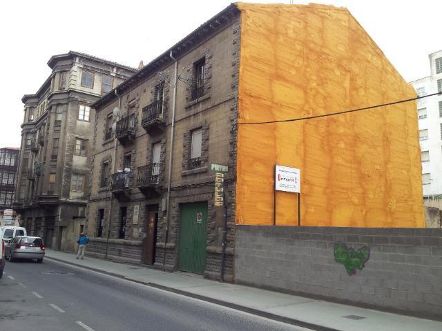 Piso en venta en Allende, Miranda de Ebro, Burgos, Calle Ciudad de Toledo, 55.000 €, 4 habitaciones, 1 baño, 122 m2