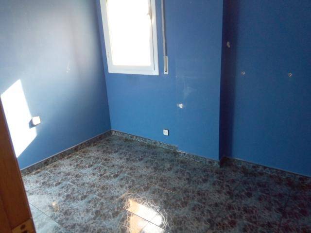 Piso en venta en Sant Crist de Can Cabanyes, Badalona, Barcelona, Calle Lloreda, 159.400 €, 3 habitaciones, 1 baño, 71 m2