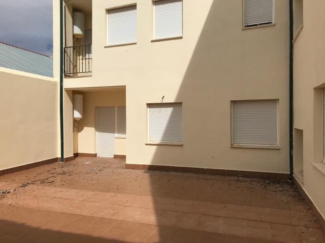 Piso en venta en Corral de Almaguer, Toledo, Calle del Carmen, 41.000 €, 104 m2