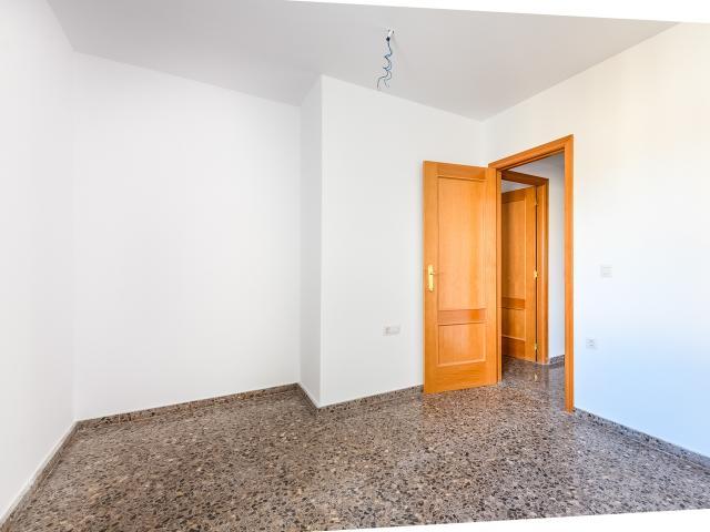 Piso en venta en El Grao, Moncofa, Castellón, Calle Doctor Fleming, 59.000 €, 113 m2