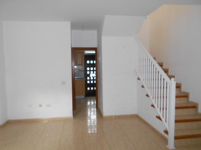 Casa en venta en Agua García, Tacoronte, Santa Cruz de Tenerife, Calle Carmita Castro, 141.920 €, 3 habitaciones, 3 baños, 95 m2