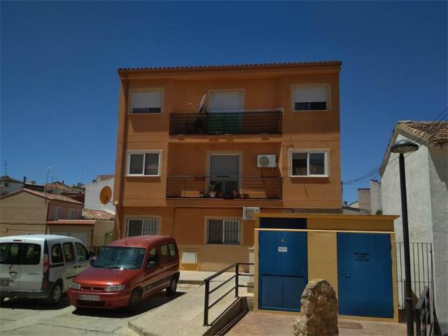 Piso en venta en Mondéjar, Mondéjar, Guadalajara, Calle Amargura, 67.500 €, 3 habitaciones, 131 m2