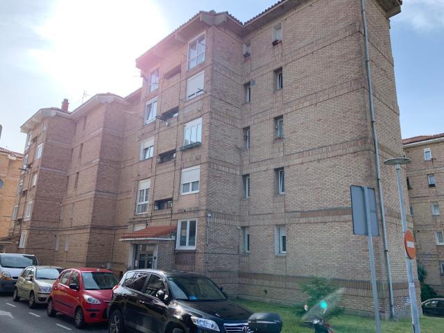 Piso en venta en Santander, Cantabria, Calle Grupo Fernando Ateca, 99.400 €, 4 habitaciones, 100 m2