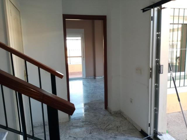 Casa en venta en Distrito Bellavista-la Palmera, Sevilla, Sevilla, Calle Parque del Retiro, 220.700 €, 3 habitaciones, 141 m2