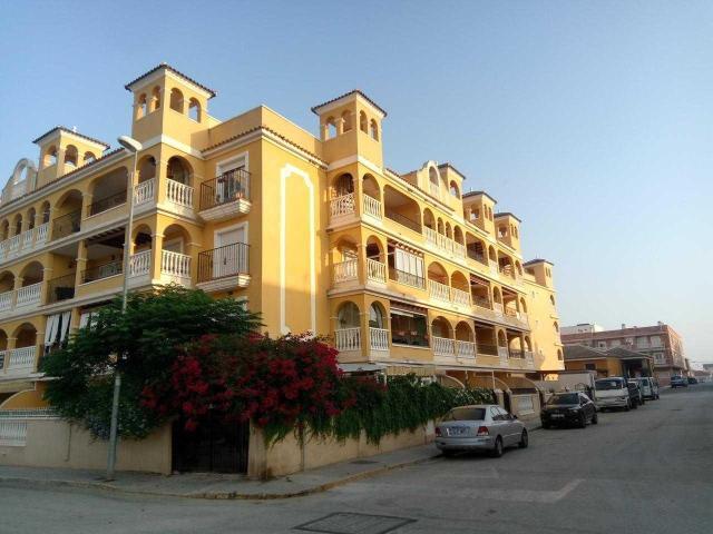 Piso en venta en Algorfa, Algorfa, Alicante, Calle Comunidad Valenciana, 68.000 €, 95 m2