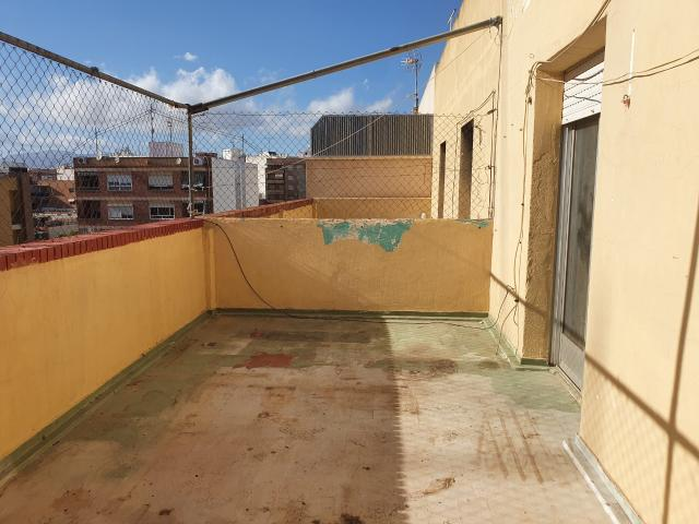Piso en venta en La Borinquen, San Vicente del Raspeig/sant Vicent del Raspeig, Alicante, Calle Manuel de Falla, 113.000 €, 4 habitaciones, 116 m2