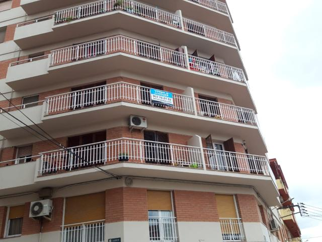 Piso en venta en Mollerussa, Lleida, Calle Sant Jordi, 84.549 €, 3 habitaciones, 1 baño, 120 m2