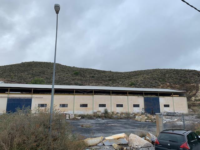 Industrial en venta en Macael, Almería, Calle Purchena, 125.200 €, 573 m2
