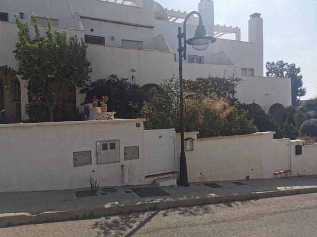 Piso en venta en Cuevas del Almanzora, Almería, Calle San Francisco Javier, 140.000 €, 2 habitaciones, 3 baños, 193 m2