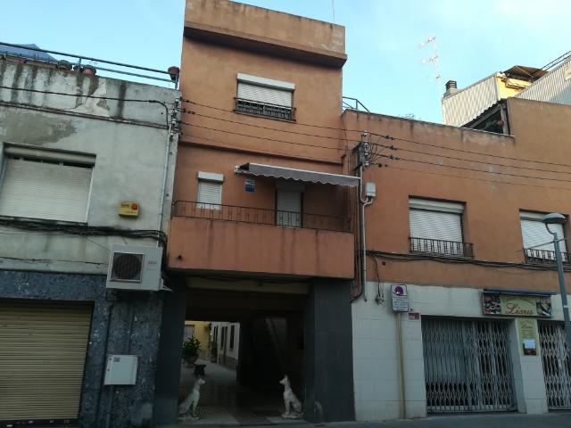 Piso en venta en Canovelles, Barcelona, Calle Diagonal, 144.600 €, 3 habitaciones, 1 baño, 143 m2