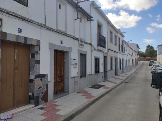 Piso en venta en Castuera, Badajoz, Calle Benquerencia, 55.000 €, 3 habitaciones, 1 baño, 178 m2