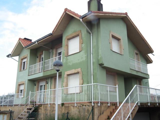 Piso en venta en Esquibien, Suances, Cantabria, Calle Moruca, 231.000 €, 179 m2
