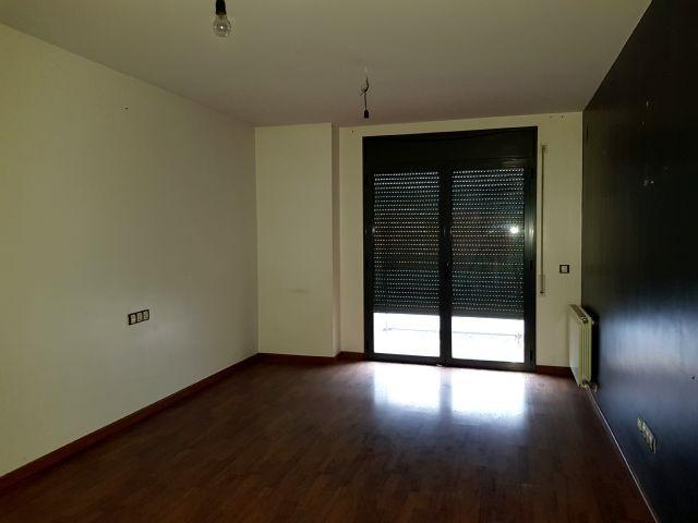 Piso en venta en Torre del Pinyon, Alfarràs, Lleida, Calle Marques de Alfarras, 49.000 €, 81 m2