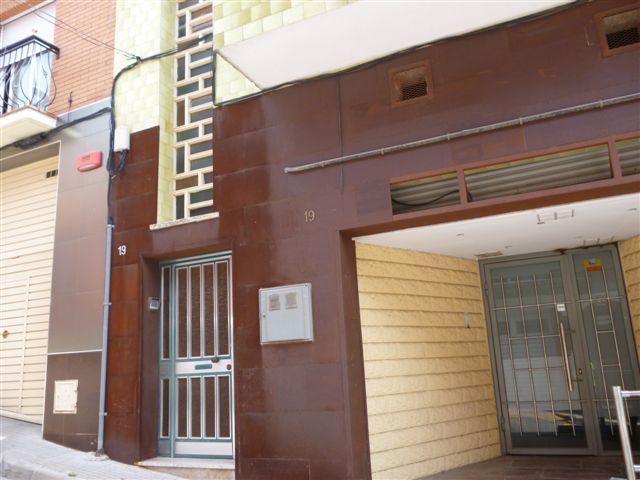 Local en venta en Can Feliu, Rubí, Barcelona, Calle Huelva, 48.900 €, 135 m2