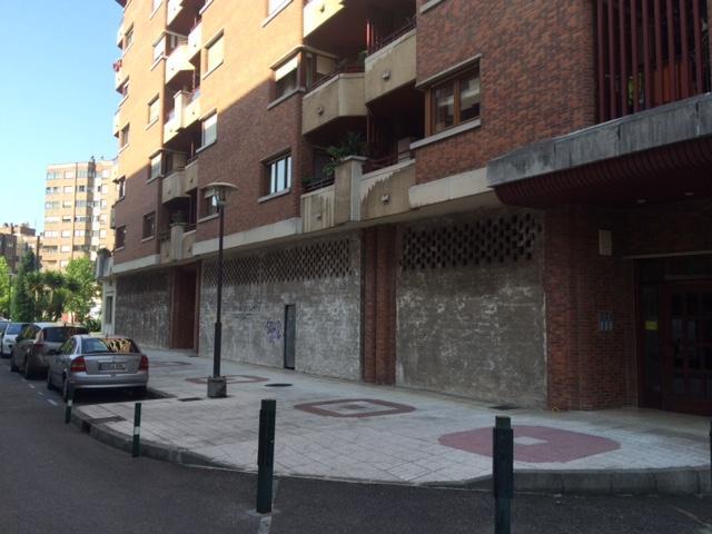 Local en venta en La Corredoria Y Ventanielles, Oviedo, Asturias, Avenida Fernandez Ladreda, 100.000 €, 111 m2
