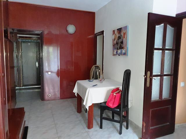 Piso en venta en Sant Andreu, Barcelona, Barcelona, Calle Gran de Sant Andreu, 219.000 €, 3 habitaciones, 1 baño, 73 m2