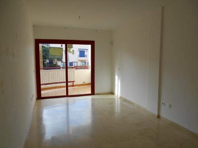 Piso en venta en Las Rosas, Arona, Santa Cruz de Tenerife, Calle los Falcones, 169.000 €, 88 m2