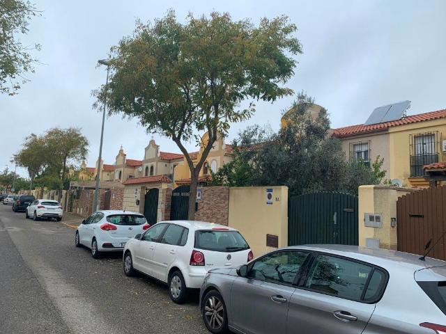 Piso en venta en Jerez de la Frontera, Cádiz, Calle Playa de la Costilla Cartuja Este, 133.000 €, 3 habitaciones, 4 baños, 84 m2