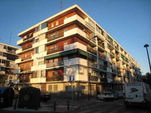 Piso en venta en Nuevo Bercial, Getafe, Madrid, Calle Tortola, 103.100 €, 3 habitaciones, 1 baño, 79 m2