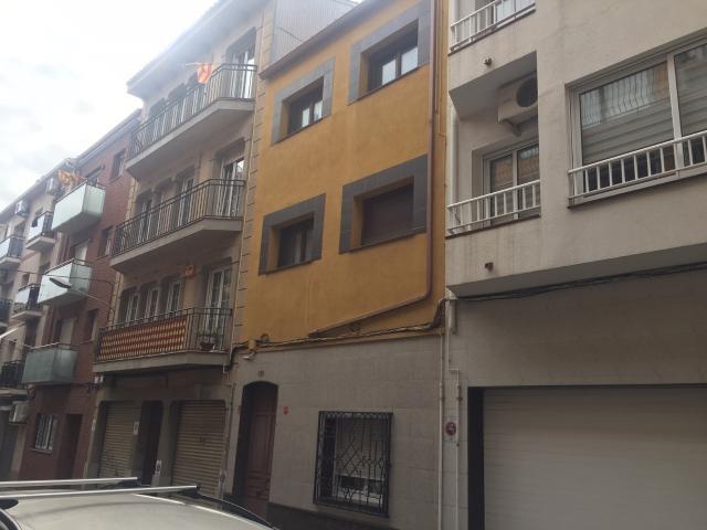 Piso en venta en Esquibien, Calella, Barcelona, Calle Industria, 245.000 €, 164 m2