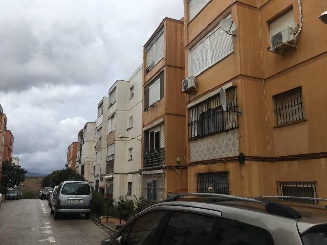 Piso en venta en San García, Algeciras, Cádiz, Calle Sanchez Mejias, 46.121 €, 3 habitaciones, 1 baño, 79 m2