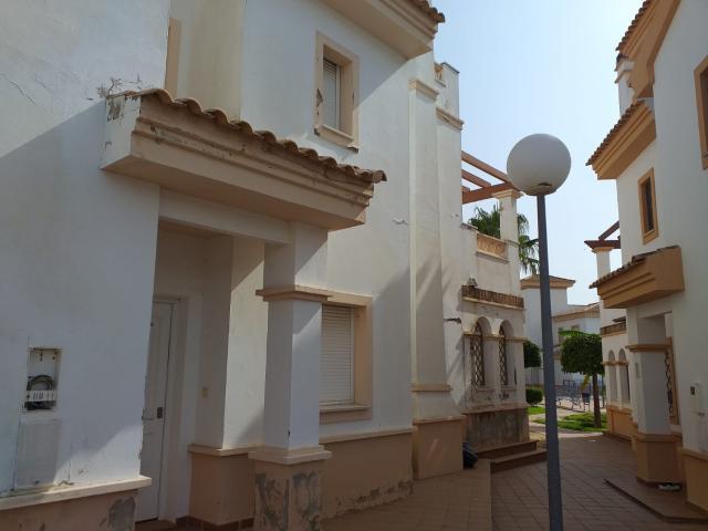 Casa en venta en Ayamonte, Huelva, Calle Medico Enrique González Mayboll, 186.000 €, 4 habitaciones, 2 baños, 164 m2