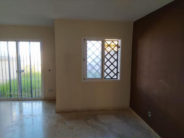 Casa en venta en Algeciras, Cádiz, Calle Osa Mayor, 119.600 €, 3 habitaciones, 2 baños, 85 m2