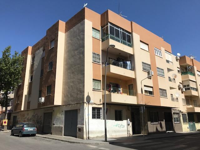 Piso en venta en Almería, Almería, Calle Agua Amarga, 46.400 €, 4 habitaciones, 1 baño, 114 m2