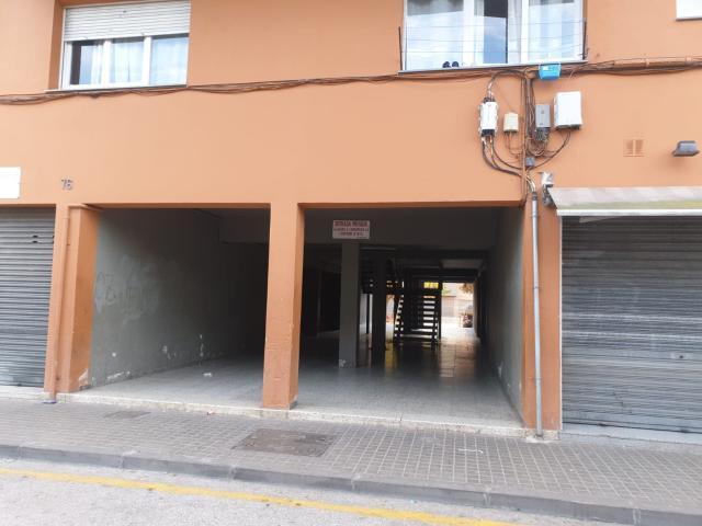 Piso en venta en Banyoles, Girona, Calle Barcelona, 89.000 €, 3 habitaciones, 1 baño, 80 m2