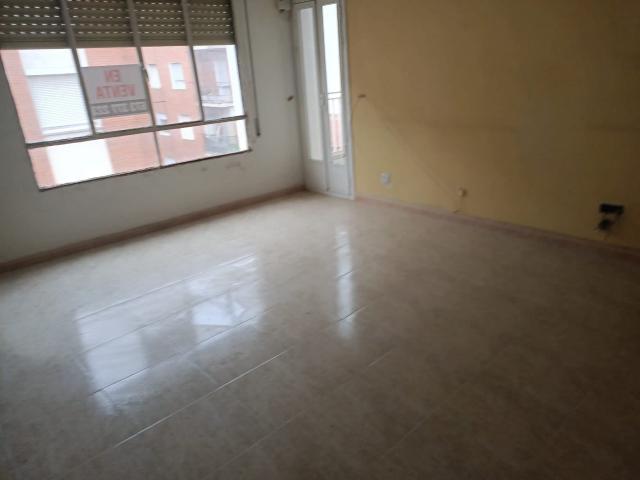 Piso en venta en Talavera de la Reina, Toledo, Calle --, 26.400 €, 3 habitaciones, 1 baño, 84 m2