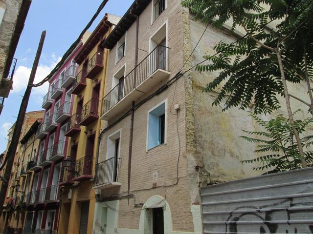 Piso en venta en Zaragoza, Zaragoza, Calle Agustina de Aragon, 56.100 €, 61 m2