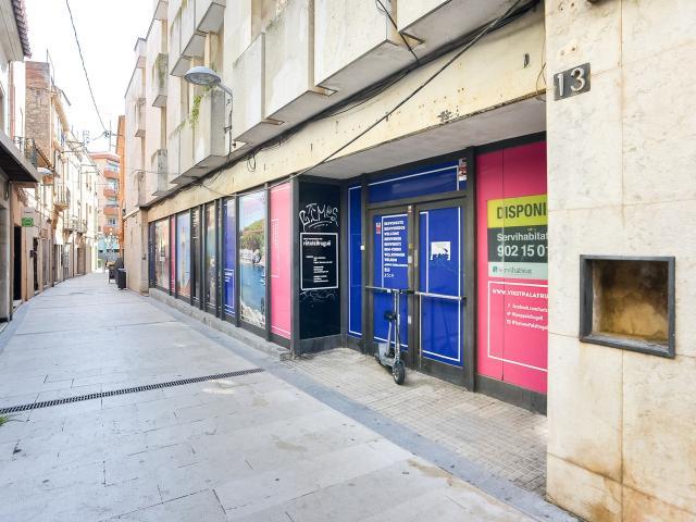 Local en venta en Palafrugell, Girona, Calle Sant Antoni, 199.000 €, 173 m2