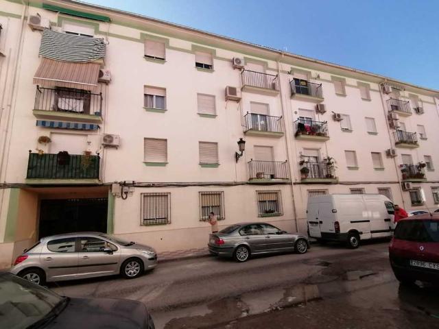 Piso en venta en Cabra, Córdoba, Calle Maestro Rodriguez Lopez, 59.000 €, 90 m2