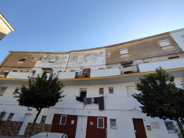 Piso en venta en San Juan de Aznalfarache, Sevilla, Plaza Maria Auxiliadora, 56.000 €, 3 habitaciones, 1 baño, 80 m2