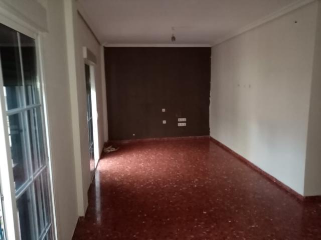 Piso en venta en Sevilla, Sevilla, Calle Almirante Argandoña, 83.000 €, 3 habitaciones, 94 m2