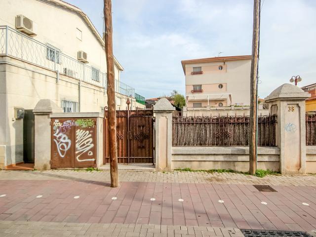 Piso en venta en Barcelona, Barcelona, Avenida Espanya, 158.000 €, 81 m2