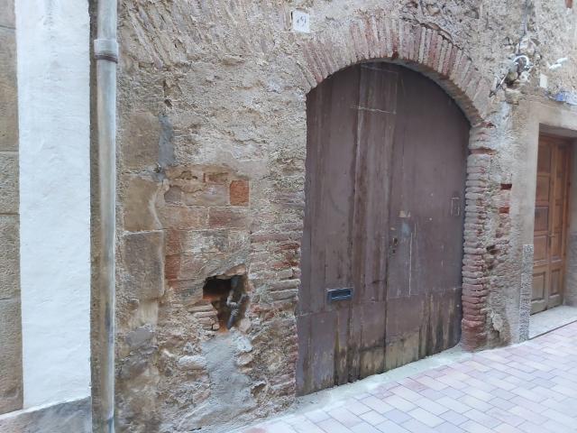 Casa en venta en La Selva del Camp, Tarragona, Calle Ollers, 94.000 €, 5 habitaciones, 1 baño, 192 m2