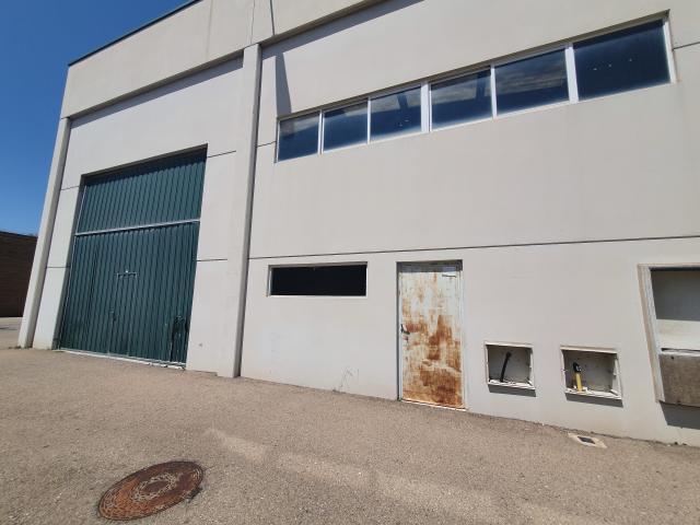 Industrial en venta en La Muela, Zaragoza, Calle Centrovia, 115.900 €, 445 m2