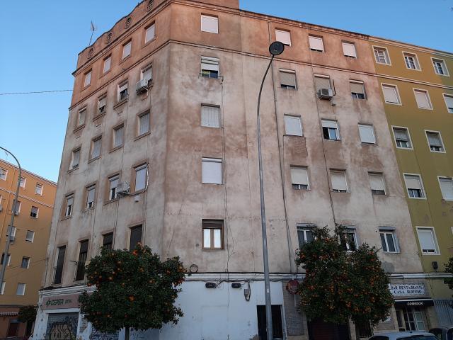Piso en venta en Valencia, Valencia, Calle Ricardo Mico, 69.500 €, 3 habitaciones, 1 baño, 79 m2