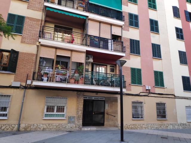 Piso en venta en Palma de Mallorca, Baleares, Calle Cala Malgrana, 118.600 €, 2 habitaciones, 79 m2