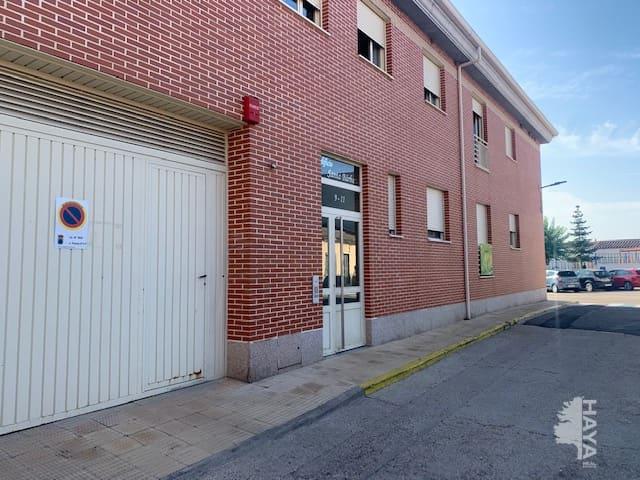 Piso en venta en Salamanca, Salamanca, Calle Paneras, 64.000 €, 2 habitaciones, 2 baños, 129 m2