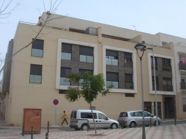 Piso en venta en Roquetas de Mar, Almería, Calle los Olivos, 71.000 €, 116 m2