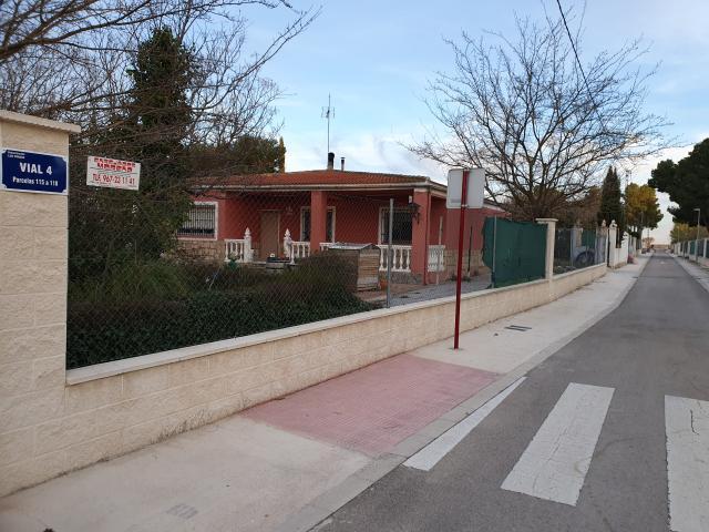 Casa en venta en Albacete, Albacete, Urbanización los Prados, 225.000 €, 4 habitaciones, 2 baños, 298 m2