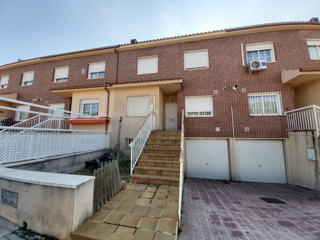Piso en venta en Miguelturra, Ciudad Real, Calle Fanega, 165.500 €, 4 habitaciones, 3 baños, 238 m2