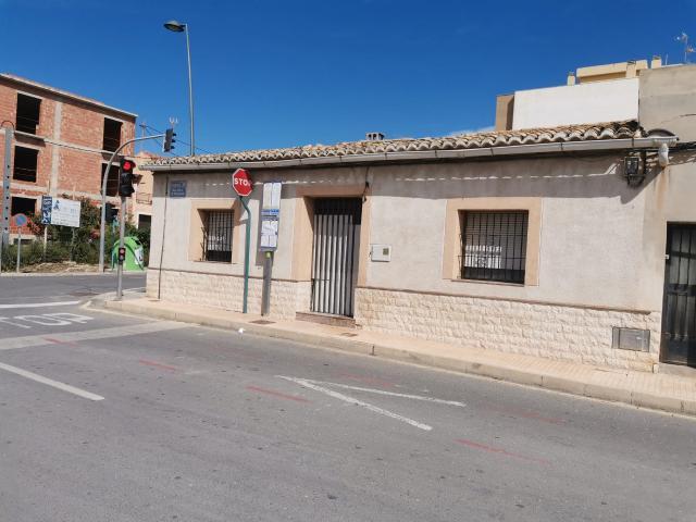 Piso en venta en Mutxamel, Alicante, Calle Virgen de Monserrat, 121.500 €, 154 m2
