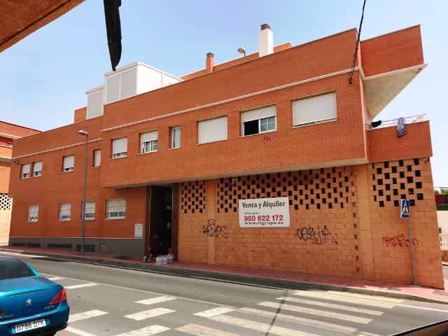 Piso en venta en Almería, Almería, Calle Loma Cabrera, 71.200 €, 1 habitación, 1 baño, 63 m2