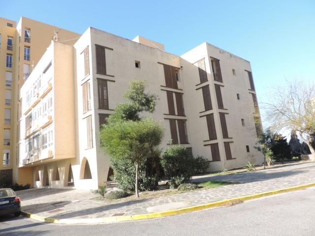 Piso en venta en El Ejido, Almería, Calle Babor, 33.000 €, 2 baños, 23 m2