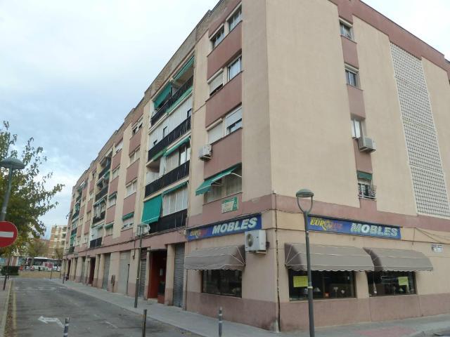Piso en venta en Tarragona, Tarragona, Calle Riu Montsant, 57.000 €, 3 habitaciones, 1 baño, 86 m2